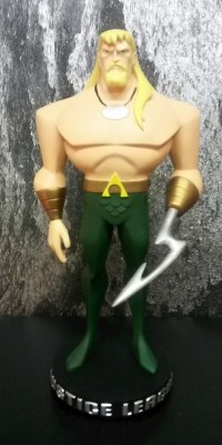 Aquaman_Maquette_statue_Repair_015