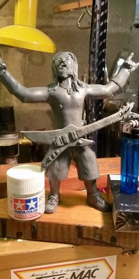 Dimebag_Darrell_Custom_Sculpt_032