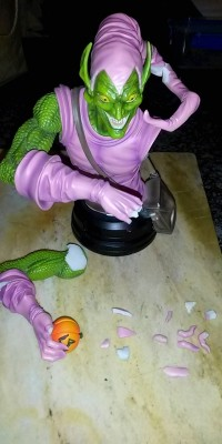 Green_Goblin_statue_Repair_001