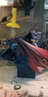 Spawn_ Batman_statue_Repair_001