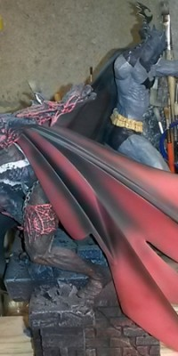 Spawn_ Batman_statue_Repair_014