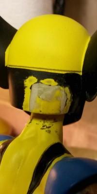 Wolverine_statue_Repair_005